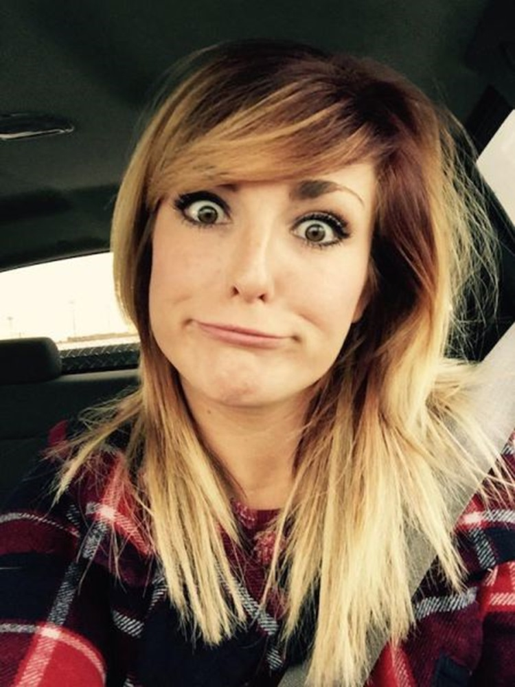 Goofy Girls are Cool in our Book (34 Photos) 25
