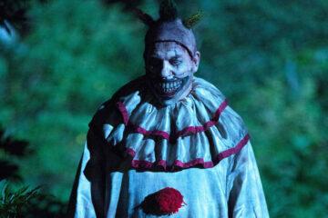 Man bashes clown after spotting him on a Sydney street