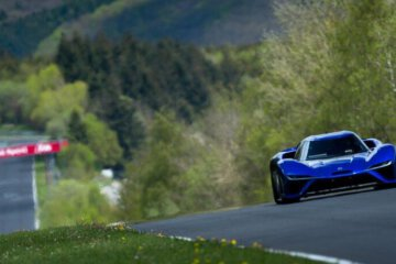 NIO EP9 Electric Supercar Breaks Nurburgring Lap Record 1