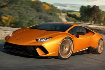 Bring The Noise with Lamborghini Huracan Perfomante