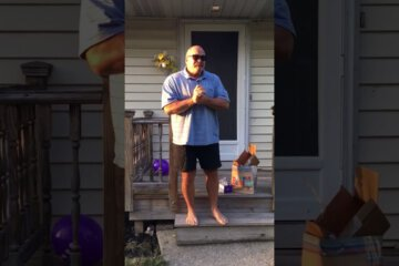 66 Year Old Man Sees Color for First Time