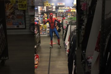 "Ghetto Spiderman Dancing on ""A-Ha's Take On Me"" Will make You Smile 1"