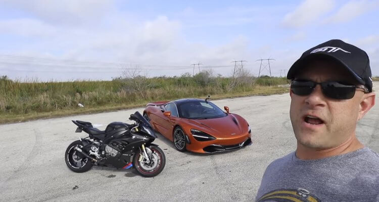 BMW S1000RR Motorcycle vs McLaren 720S Drag Racing 1