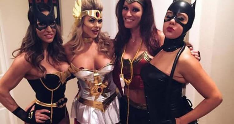College Girls Love Halloween 2018 (40 Photos) 1