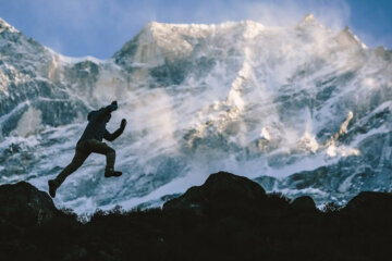 The Man Who Climbed Everest 21 Times 1