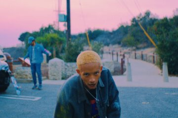 Jaden Smith Goes Hard with his new videoclip Plastic 1