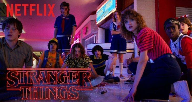 Stranger Things 3 - Official Trailer 1